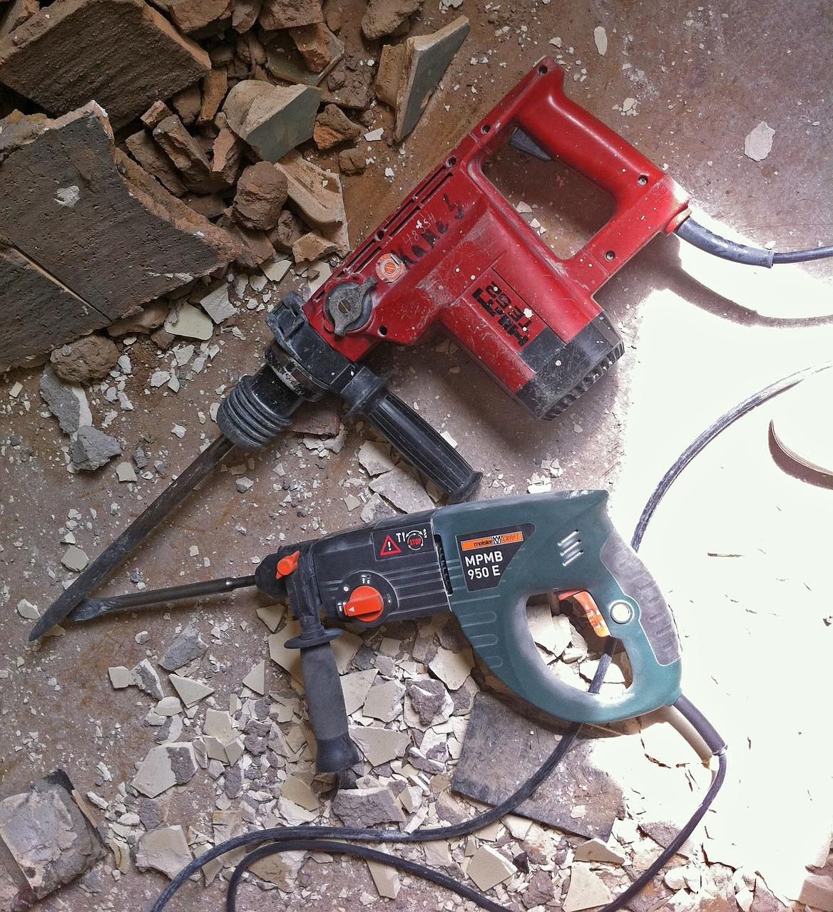 hammer-drill-940318_1280