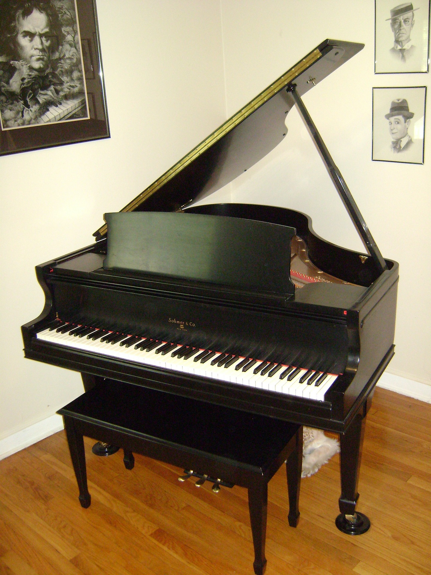 piano-179726_1920