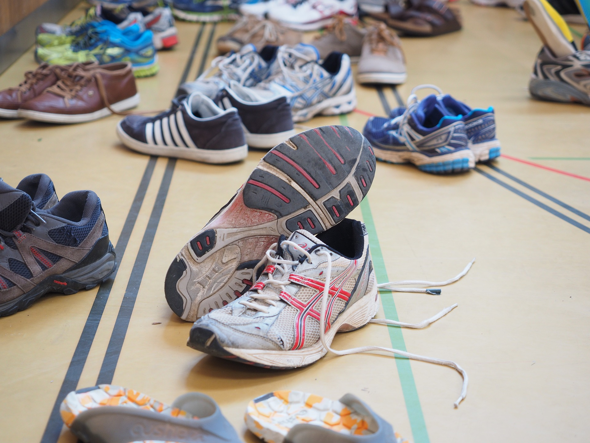 shoes-1260814_1920