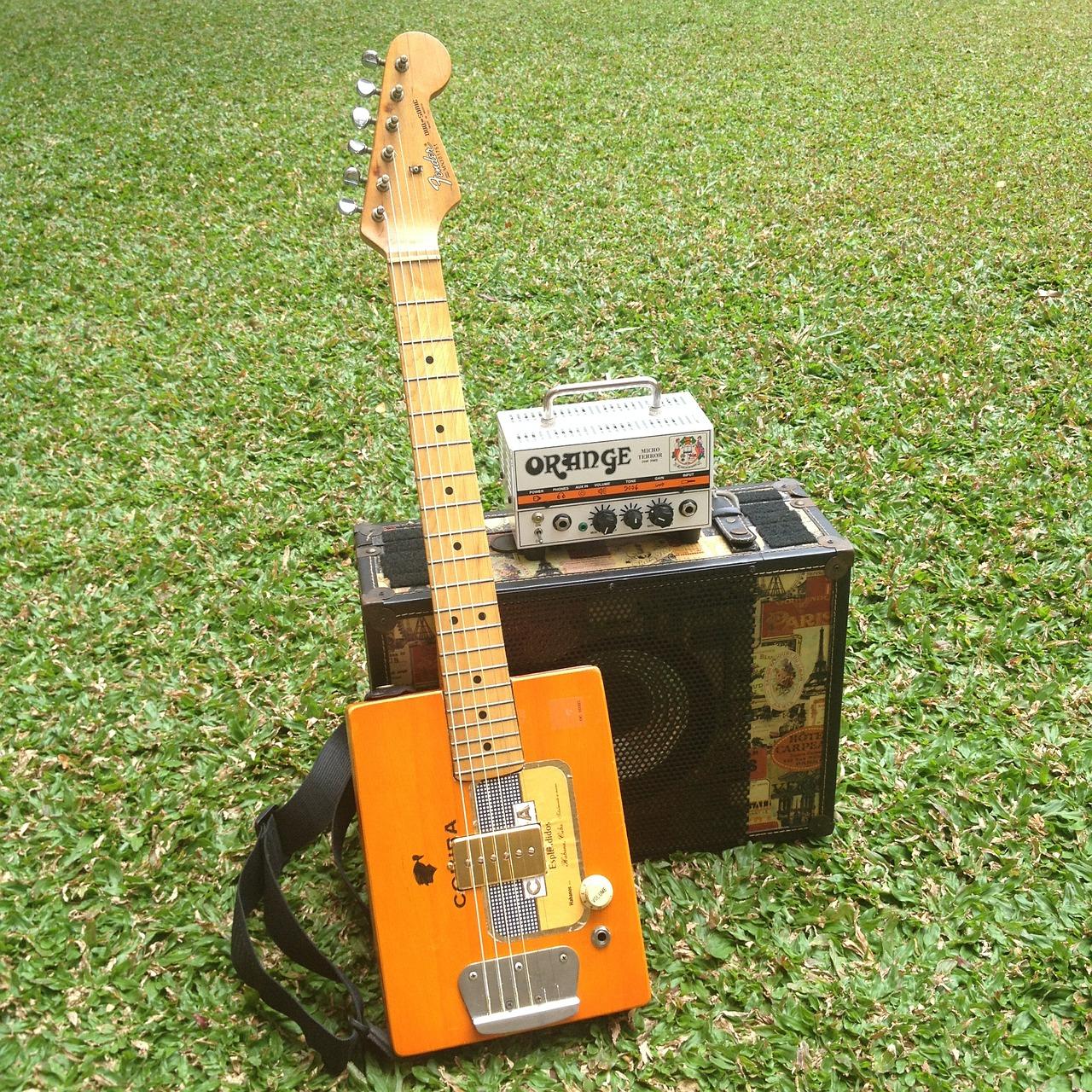 guitar-489278_1280